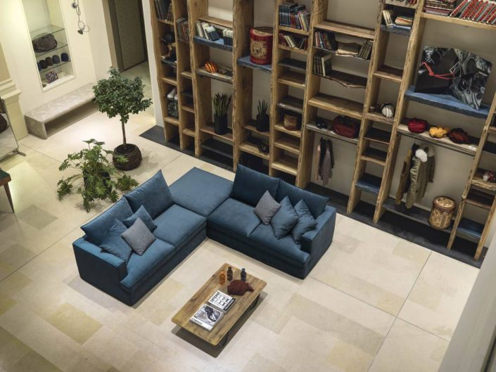 Divani in tessuto mobilia group divani cucine e for Mobilia camerette
